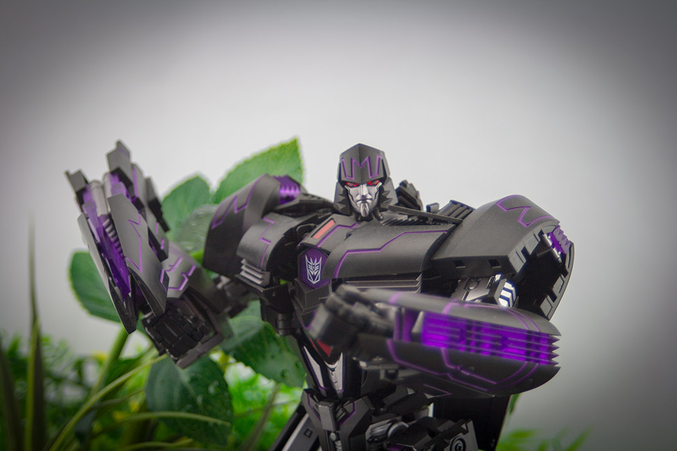 Generation Toy Leader - Megatron